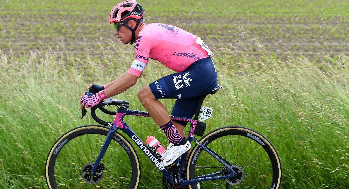 Rigoberto Urán en la Vuelta a Suiza 2021. Foto: Twitter @EFprocycling