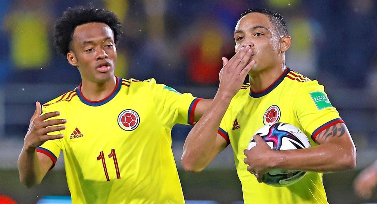 Luis Fernando Muriel anotó uno de los dos tantos de Colombia ante Argentina. Foto: Twitter @FCFSeleccionCol