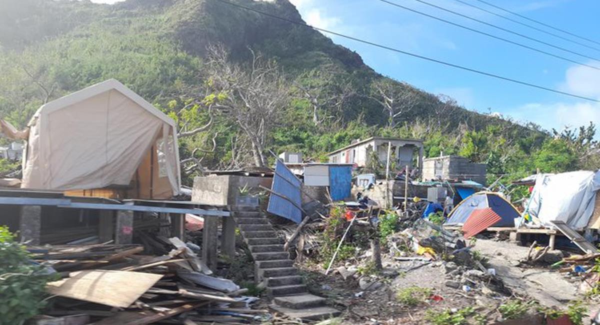 El Gobierno Nacional se puso la meta de reconstruir las viviendas arrasadas del archipiélago de San Andrés en 100 días desde que el huracán Iota pasó en noviembre. Foto: Twitter @whyalwaysjakee1
