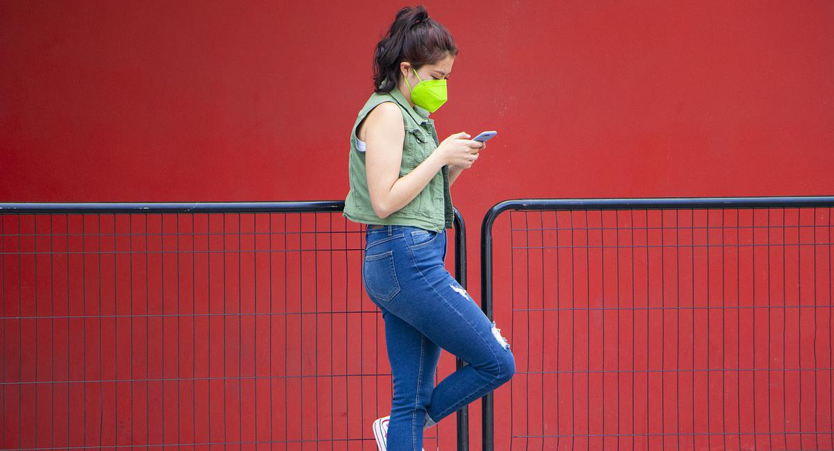 Los virus son una amenaza para tu teléfono celular y para la información valiosa que contiene. Foto: Pixabay