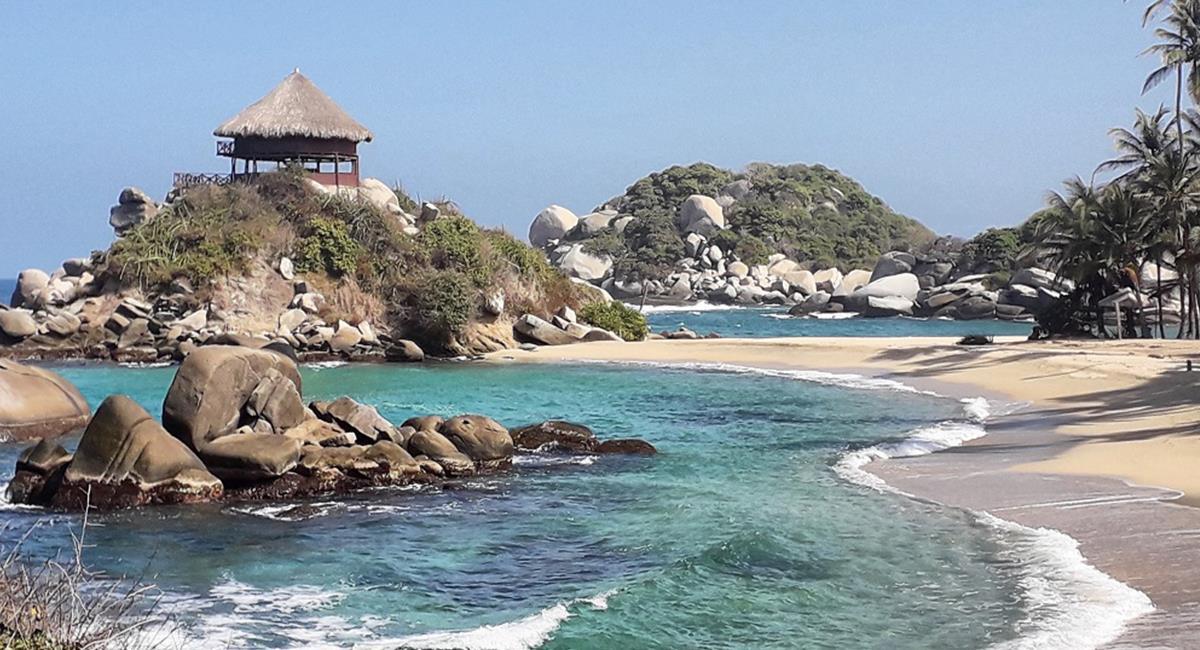 Parque Tayrona, uno de los mejores destinos turísticos de Suramérica. Foto: Twitter @ParquesColombia