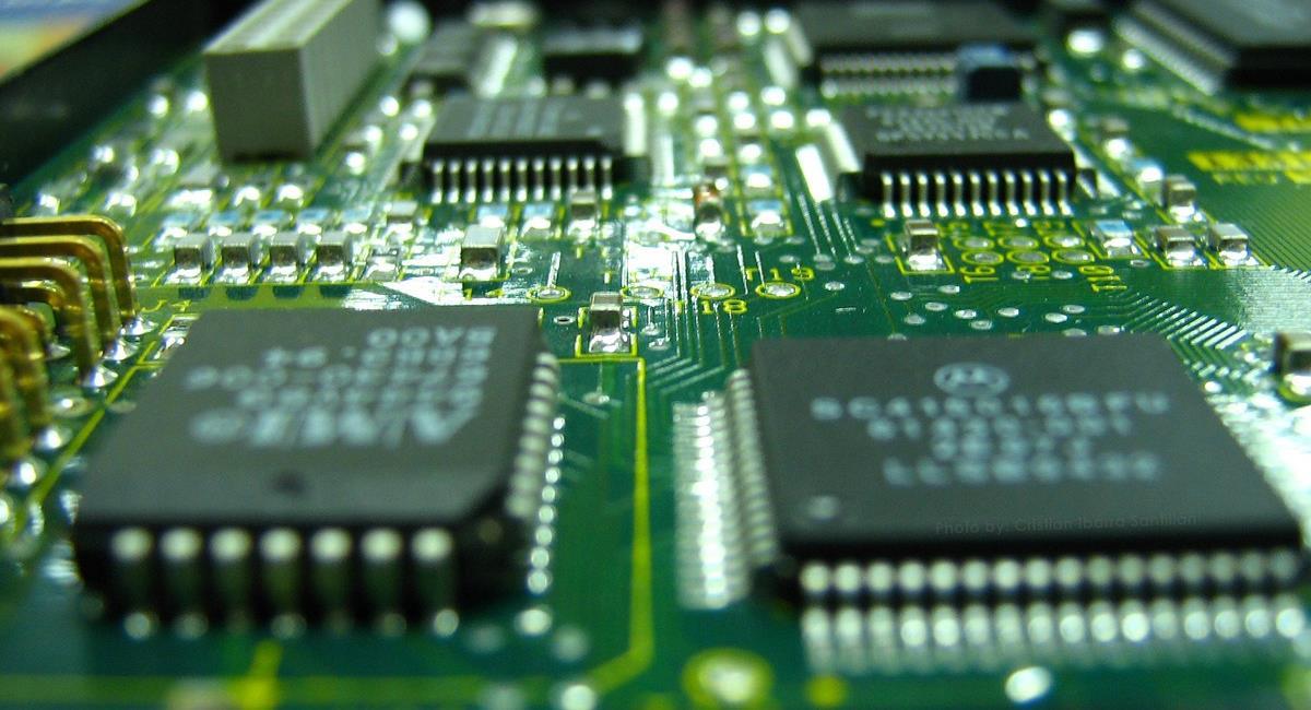 La escasez de semiconductores obliga a China a desarrollarlos con materiales novedosos. Foto: Pixabay