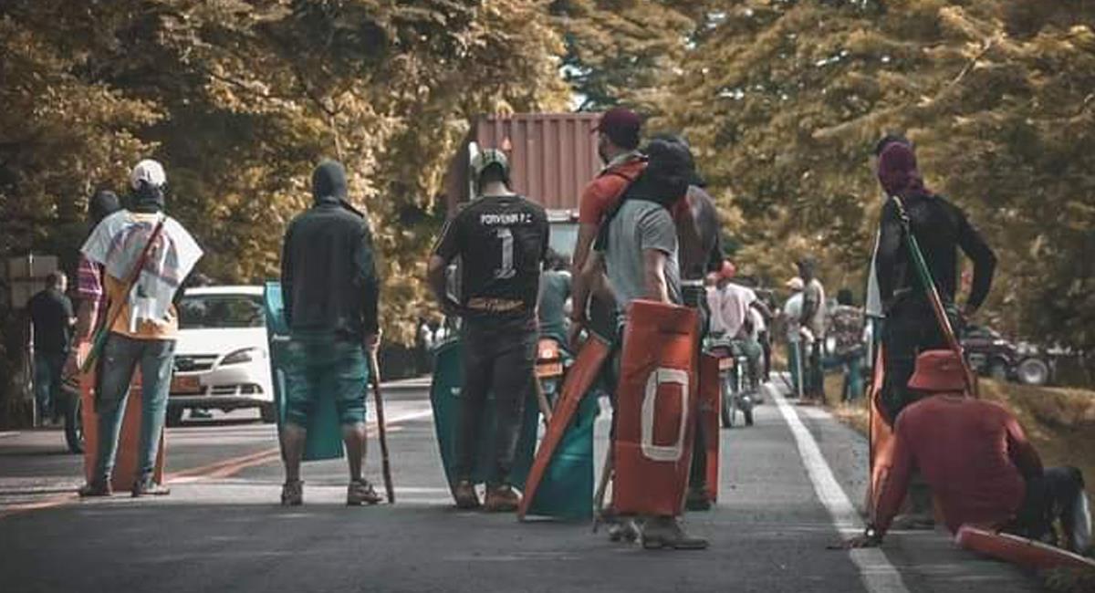Los bloqueos de las vías son considerados por las autoridades como violación a los Derechos Humanos. Foto: Facebook Perfiles