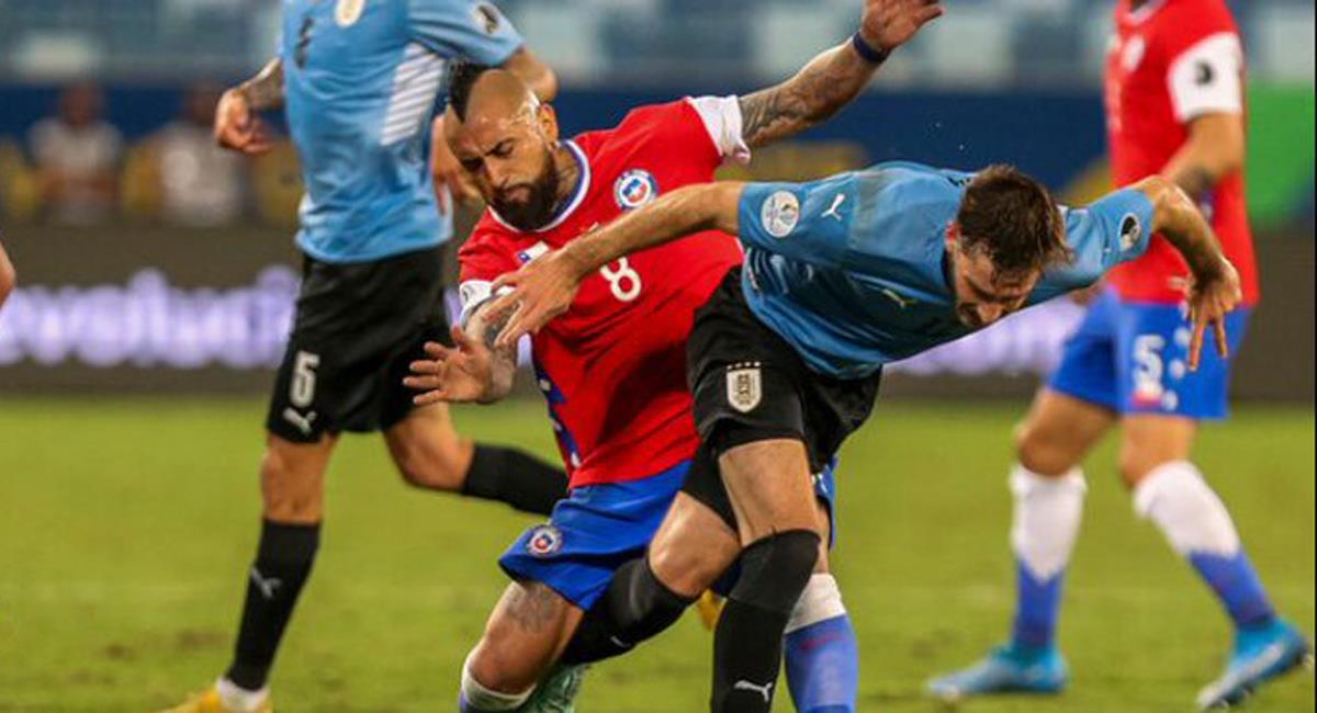Australes y charrúas igualaron a un gol en buen encuentro por el grupo A de la Copa América 2021. Foto: Twitter @eldesconcierto