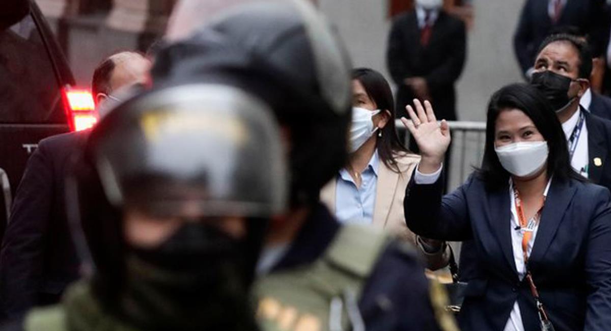 Keiko Fujimori, candidata en las pasadas elecciones presidenciales en Perú es investigada por la justicia. Foto: Twitter @AJEnglés