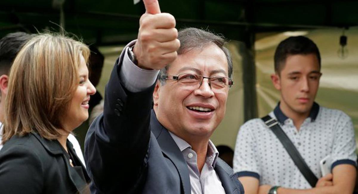 Gustavo Petro responde al presidente Iván Duque frente a las muertes por la COVID-19 de las últimas semanas. Foto: Twitter @nelsonolaya