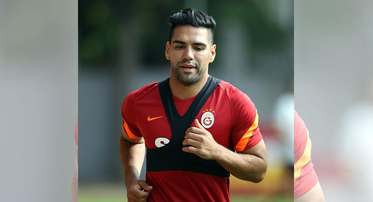Falcao García volvió a entrenar con Galatasaray tras varios días. Foto: Twitter @Galatasaray