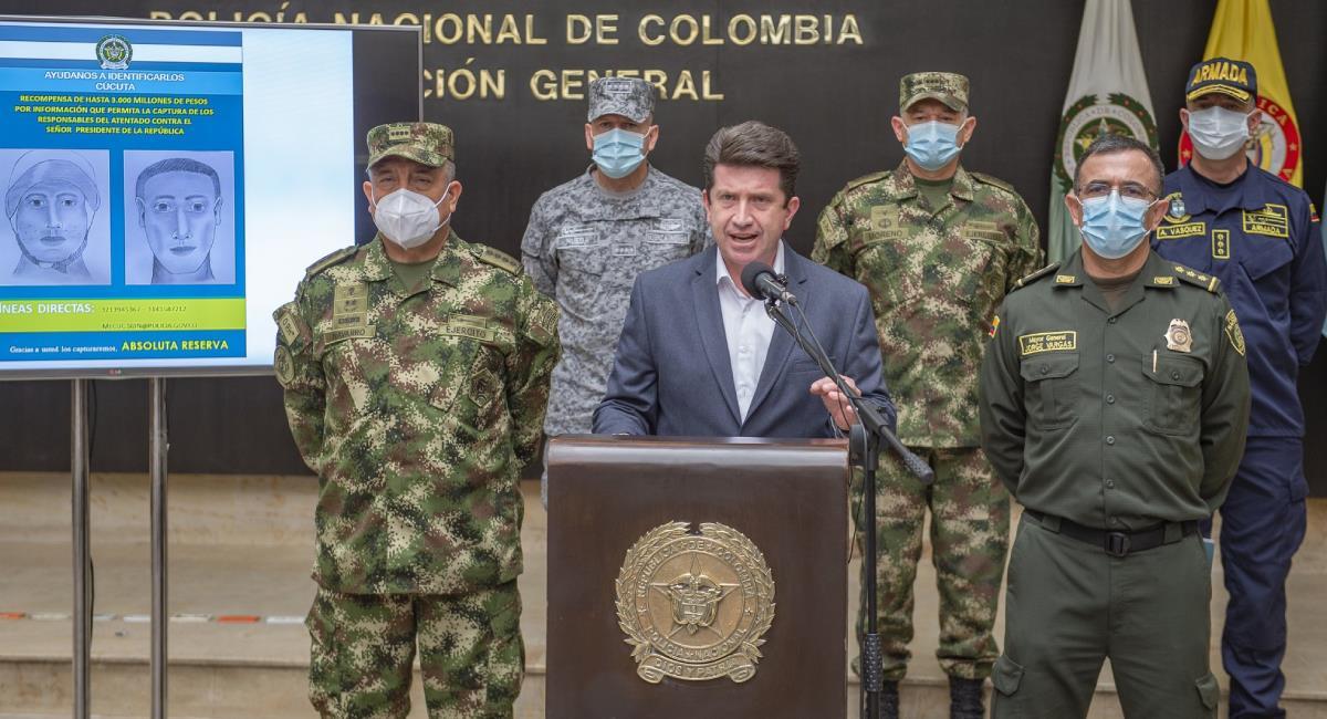 Diego Molano reveló dos retratos hablados de los responsables del atentado. Foto: Twitter @mindefensa