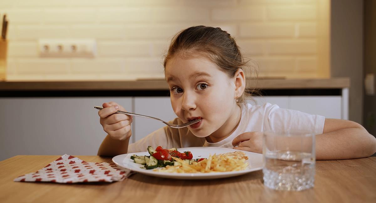 5 consejos para cuidar la alimentación de los niños en vacaciones. Foto: Shutterstock