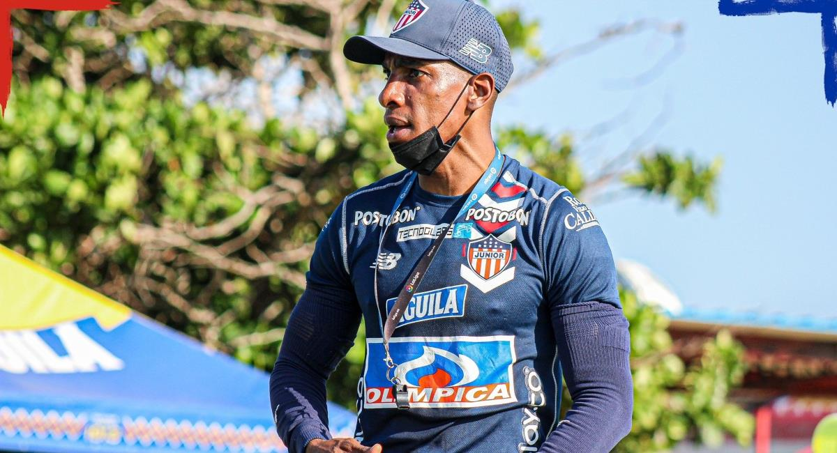 Amaranto Perea habló de todo. Foto: Twitter Prensa redes Junior de Barranquilla.