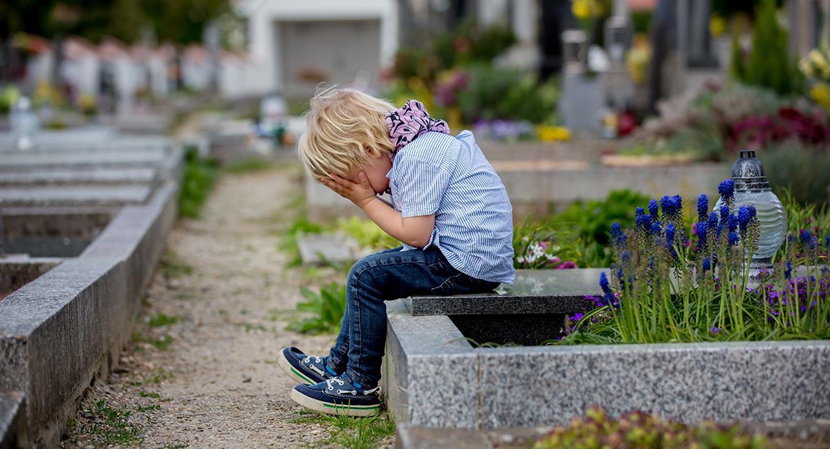 Revelan desgarradora cifra de niños que han perdido a sus cuidadores por la COVID-19. Foto: Shutterstock