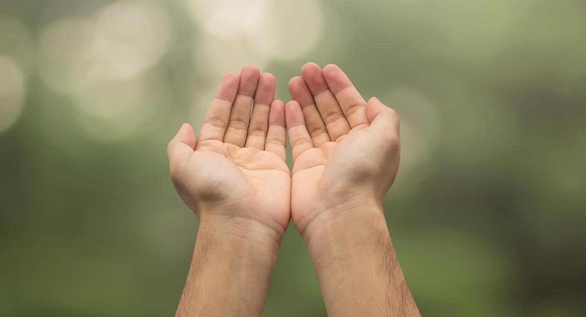 Reza esta oración para que todo el año tu vida esté llena de abundancia. Foto: Shutterstock