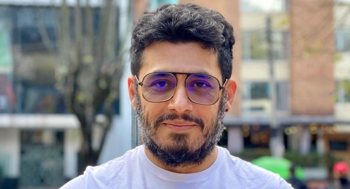 El actor vio cara a cara al asesino de su padre. Foto: Instagram @santiagoalarconu.