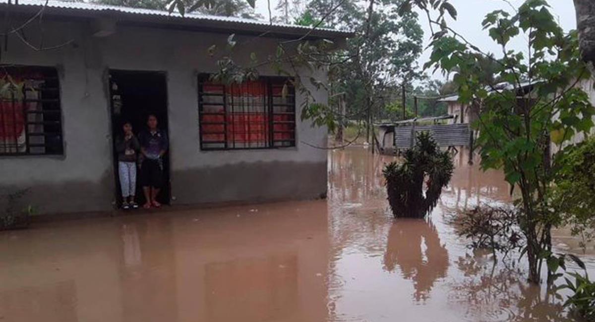 El departamento de Putumayo se encuentra con el gua hasta el cuello debido a la fuerte ola invernal que lo azota. Foto: Twitter @elcolombiano