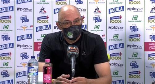 El técnico del Deportivo Cali se quejó contra el arbitraje colombiano