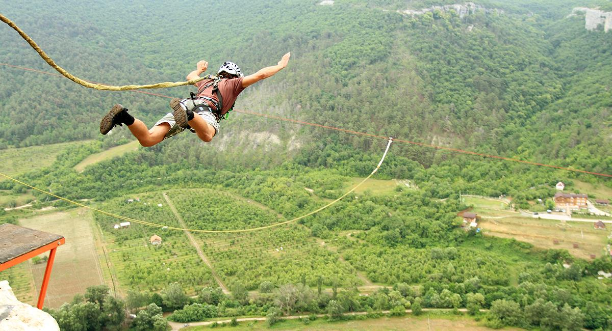 Expertos comparten consejos para elegir bien a las empresas de turismo extremo. Foto: Shutterstock