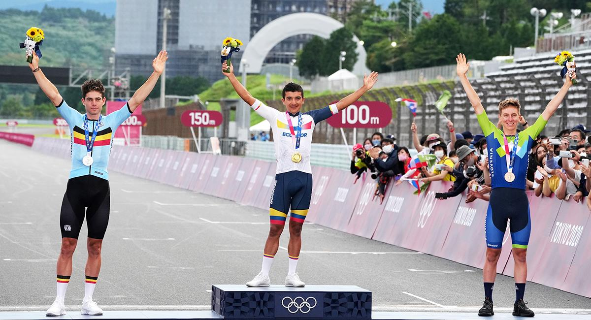 Podio Ciclismo de ruta Juegos Olímpicos Tokio 2020. Foto: EFE