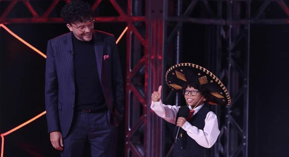 El carisma del pequeño enamoró a varios espectadores. Foto: Instagram