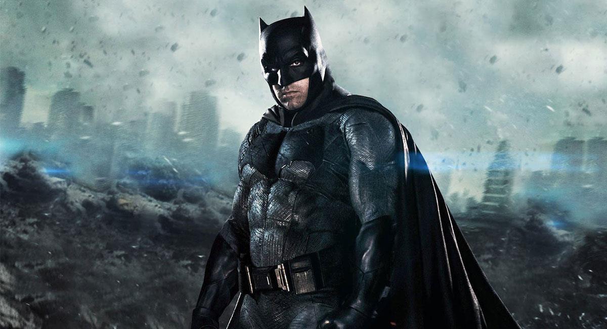 """Ben Affleck regresaría para la cinta de """"The Flash"""" junto a la versión de Batman de Michael Keaton. Foto: Twitter @justiceleaguewb"""