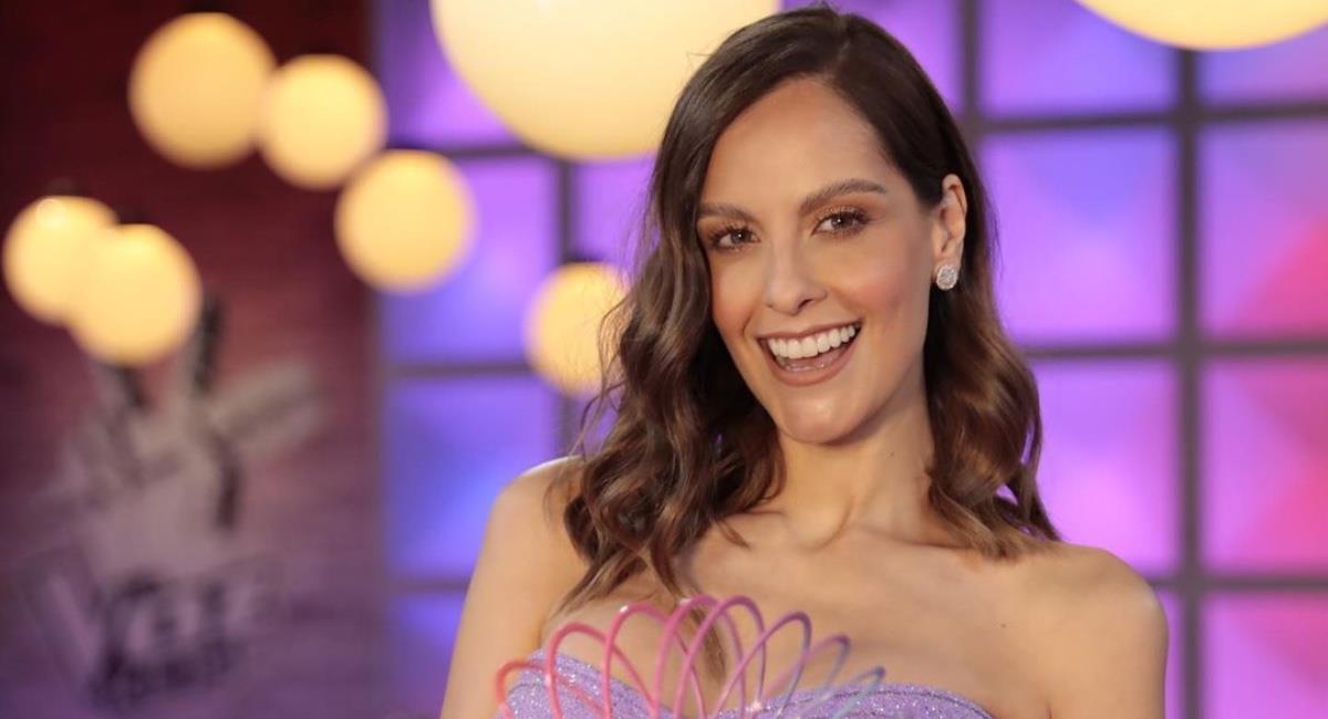 La presentadora nuevamente protagoniza rumores. Foto: Instagram @lauraacunaayala.
