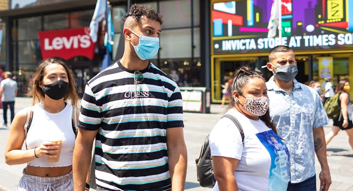 Nueva York ofrece 100 dólares a cambio de recibir la vacuna. Foto: EFE