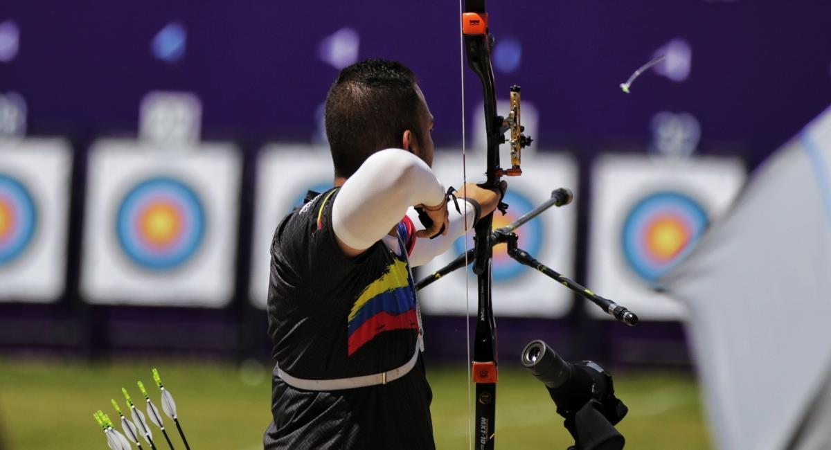 Derrota del arquero colombiano Daniel Felipe Pineda. Foto: Twitter Prensa redes Comité Olímpico Colombiano.