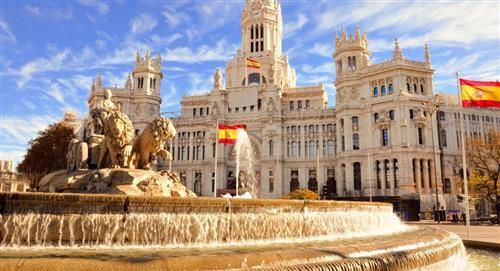 España prohíbe ingreso colombianos fraude pruebas PCR