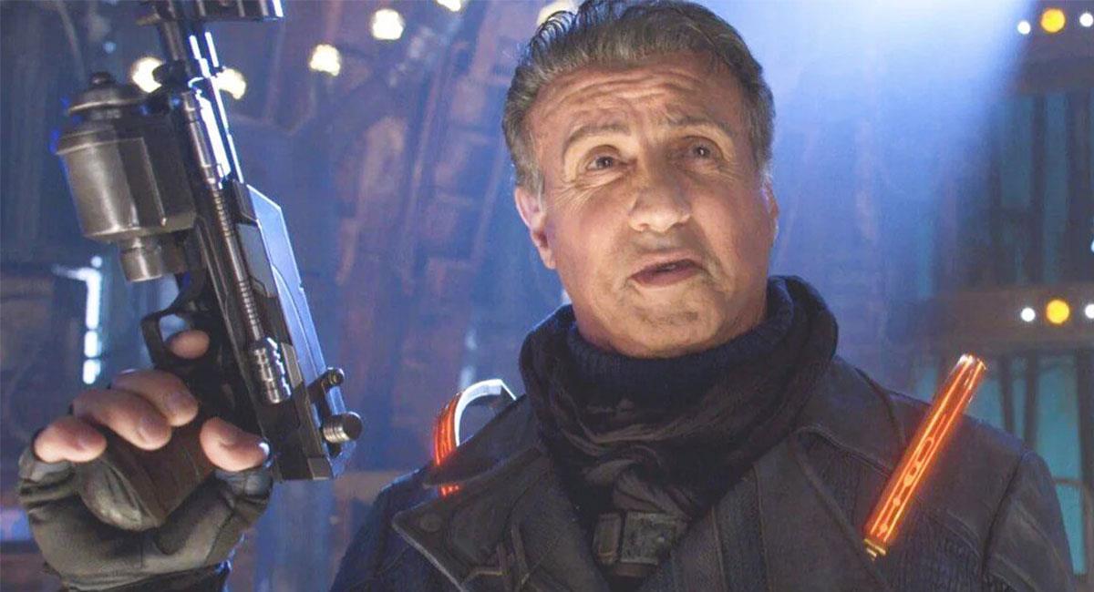 "Sylvester Stallone ya interpretó a Stakar en ""Guardianes de la Galaxia Vol.2"". Foto: Twitter @Guardians"