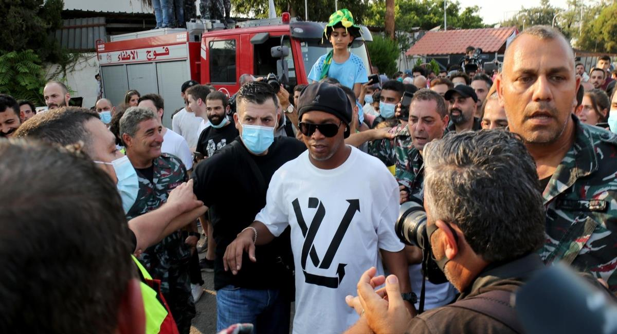 Ronaldinho generó caos en el Líbano. Foto: EFE