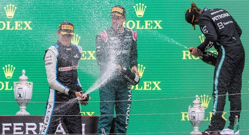Lewis Hamilton es el nuevo lider