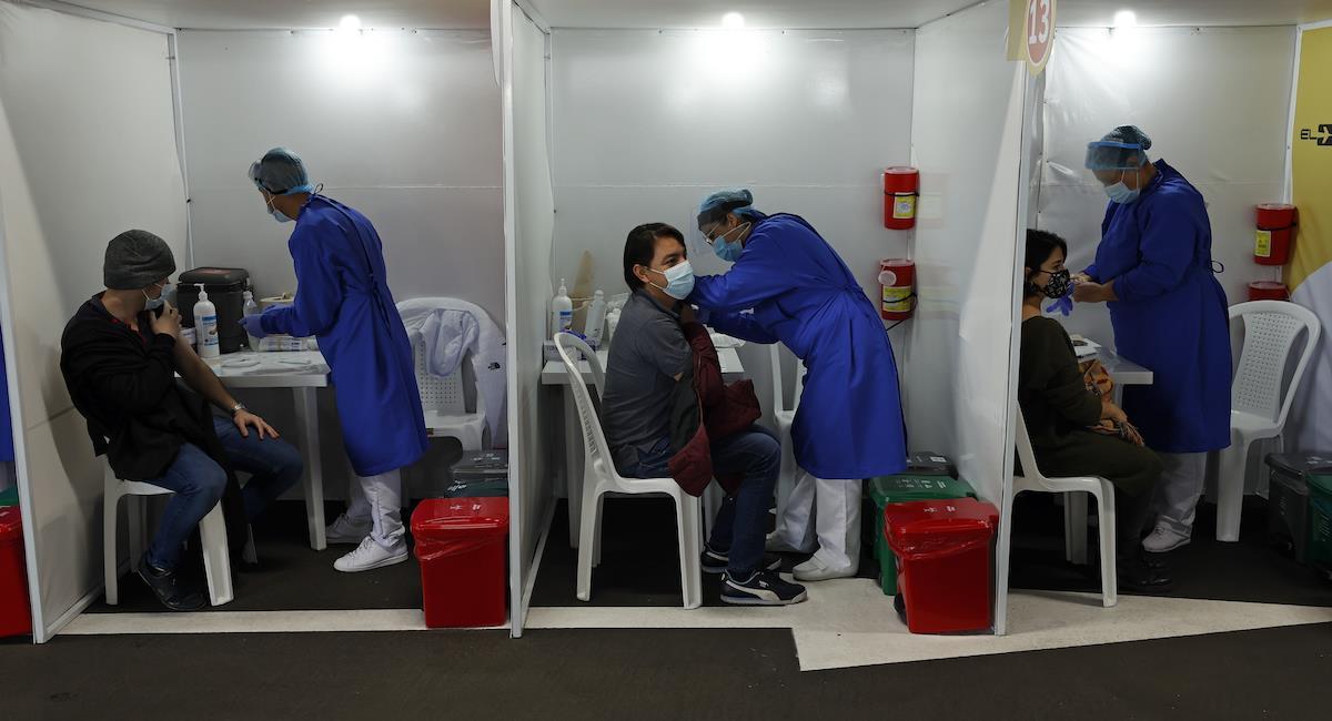 Colombia busca aumentar el ritmo de vacunación contra la COVID-19. Foto: EFE