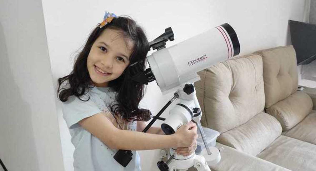 La niña tiene gran interés por la astronomía y los asteroides. Foto: Twitter @ciceratenorio46 ·