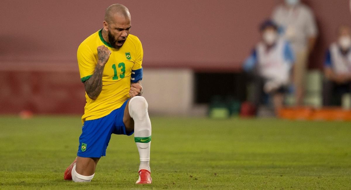Dani Alves jugará la final de los Olímpicos con Brasil. Foto: Twitter Prensa redes Selección Brasil.