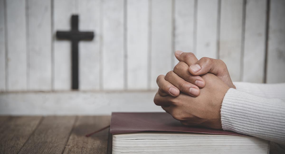 Oración para expresar tu amor a Dios y 10 enseñanzas en la lucha contra el mal. Foto: Shutterstock