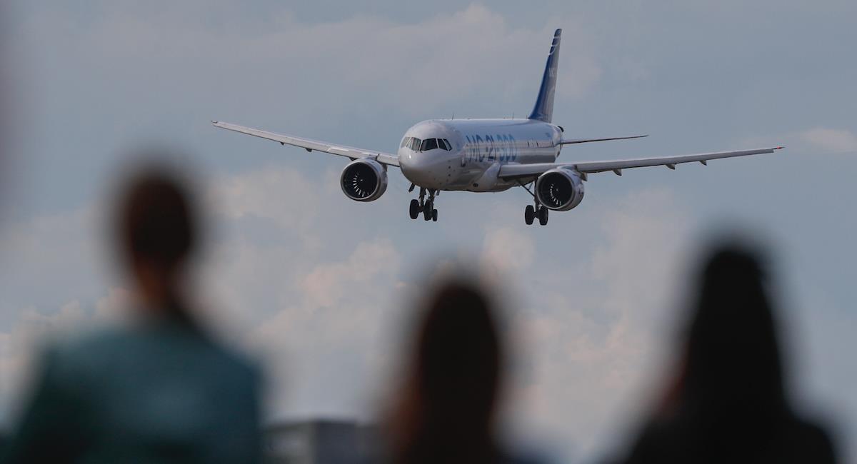 Estados Unidos estudia medidas para viajeros extranjeros. Foto: EFE