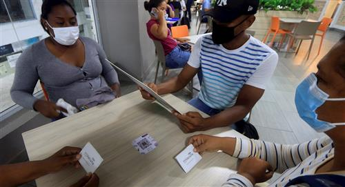 90 centros comerciales ofrecen descuentos a personas vacunadas en Colombia