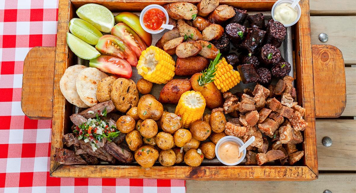 Podrás comer todo lo que añores del sazón colombiano, en restaurantes de Miami. Foto: Shutterstock