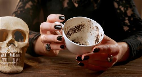 Así puedes conocer tu futuro con una taza de café