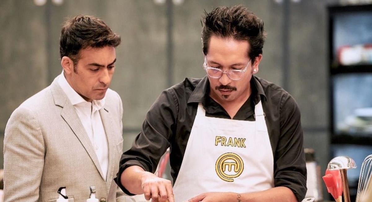 El comediante contó con la ayuda de un profesional para aprender a cocinar. Foto: Instagram @frankelflaco.