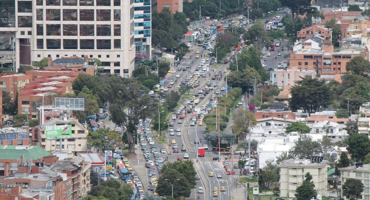 La meta es mejorar 35 km de carril de malla vial arterial, e intermedia que soporta las rutas de SITP. Foto: Shutterstock
