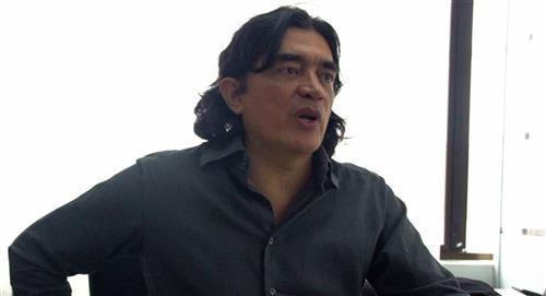 Gustavo Bolívar denuncia que lo dejaron sin escoltas en su viaje a Barranquilla