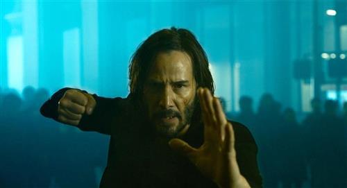 """La reacción de Keanu Reeves al ver """"The Matrix: Resurrections"""""""
