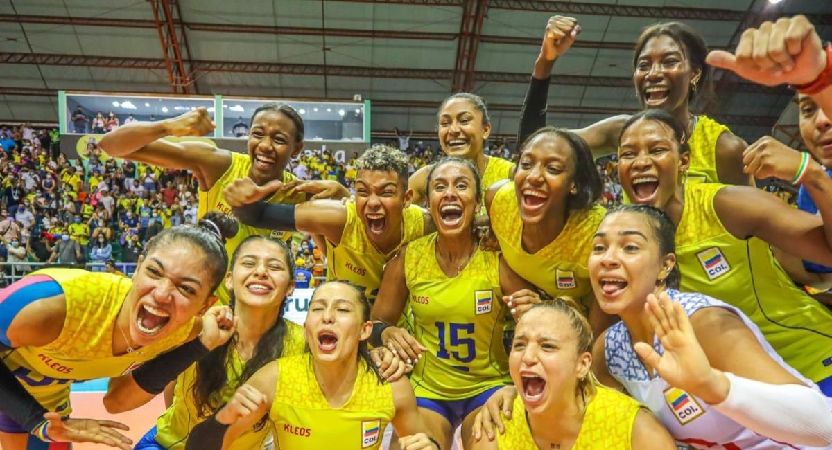 La Selección Colombia Femenina de voleibol se clasificó al Mundial. Foto: Facebook @voleibolcsv