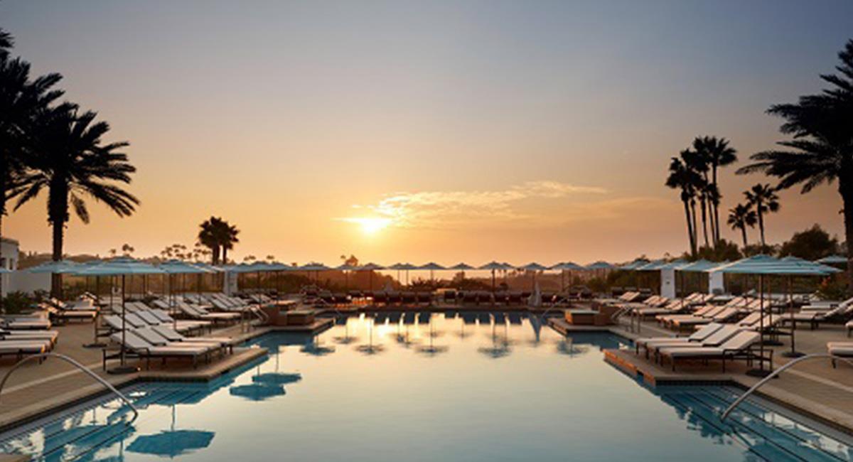 Las vistas panorámicas desde la piscina es a menudo, más maravillosa. Foto: Waldorf Astoria Monarch Beach Resort