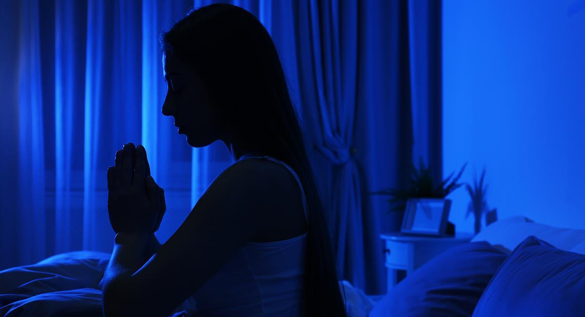 Insomnio o problemas para descansar: poderosa oración para dormir bien. Foto: Shutterstock