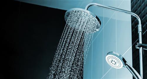 ¿Por qué es peligroso orinar en la ducha?