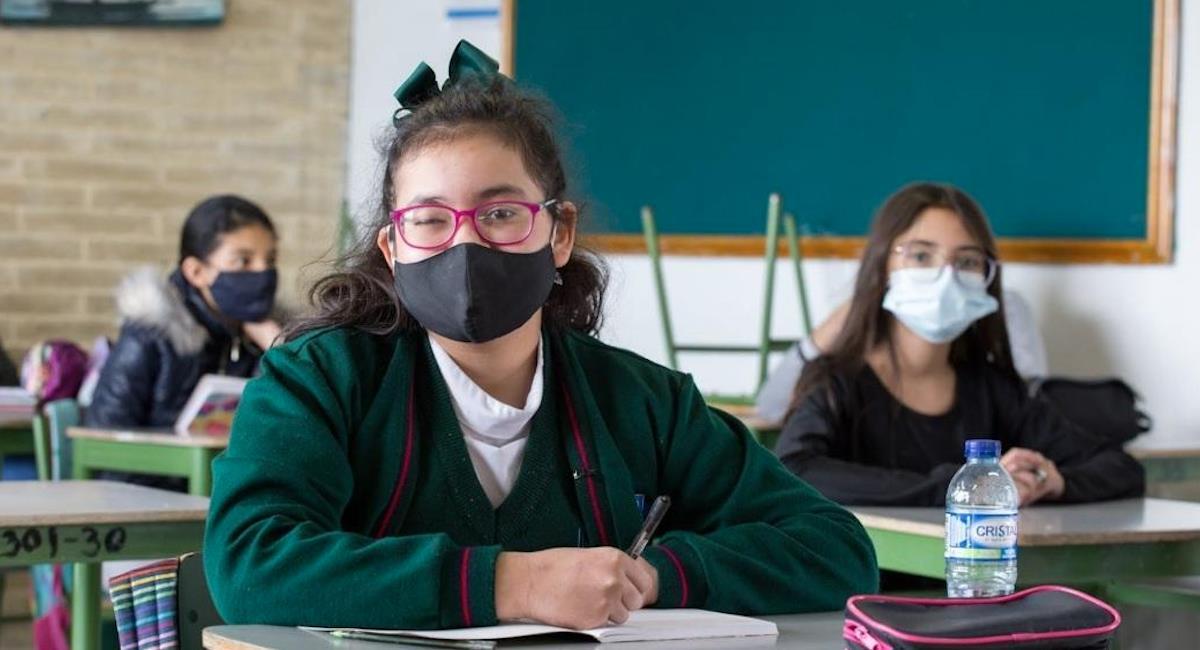Bogotá entregará kits escolares a estudiantes con discapacidad visual. Foto: Alcaldía de Bogotá