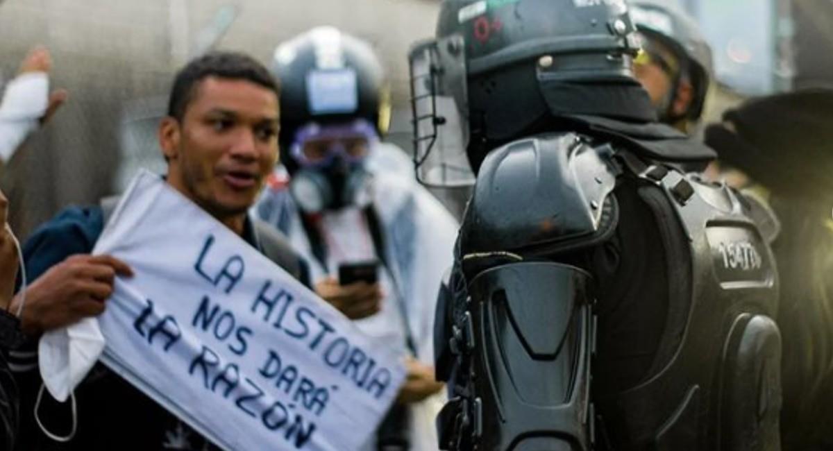 Las movilizaciones comenzaron en varias ciudades desde las 9 de la mañana. Foto: Instagram @medicenlanegra7.