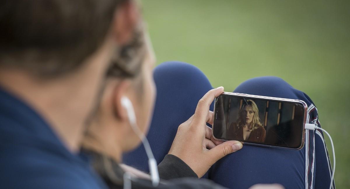 Si ves muchos videos en tu celular estos tips son para ti. Foto: Pixabay