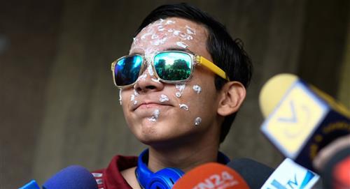 Más de 20 años de cárcel para policías que dejaron ciego a joven en Venezuela